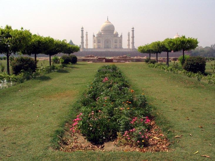 Image gallery mehtab bagh for Gardening tools jaipur