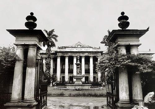 Marble Palace Mansion - tourmet