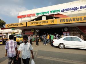 Kochi Railway Station Tourmet