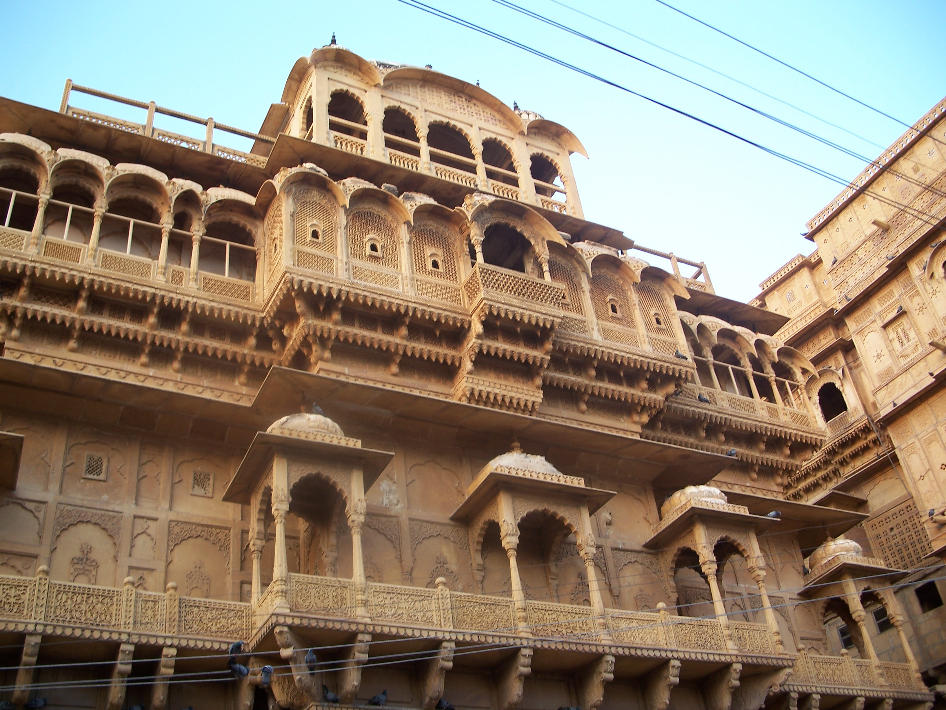 inside jaisalmer fort   tourmet