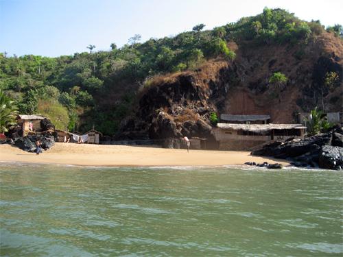 Paradise Beach Gokarna Tourmet